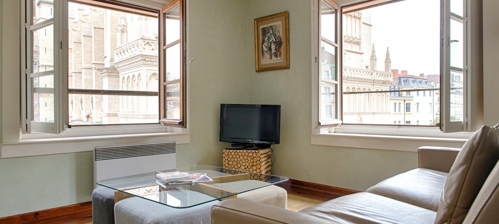 Apart'Observatoire Saint Jean Living-room