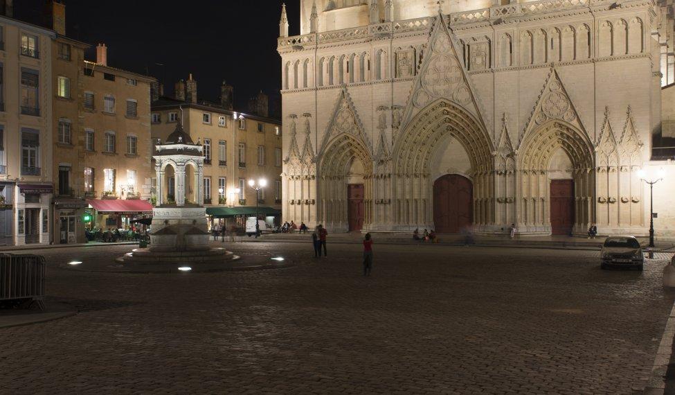 Lyon centre : la cathédrale Saint-Jean Baptiste