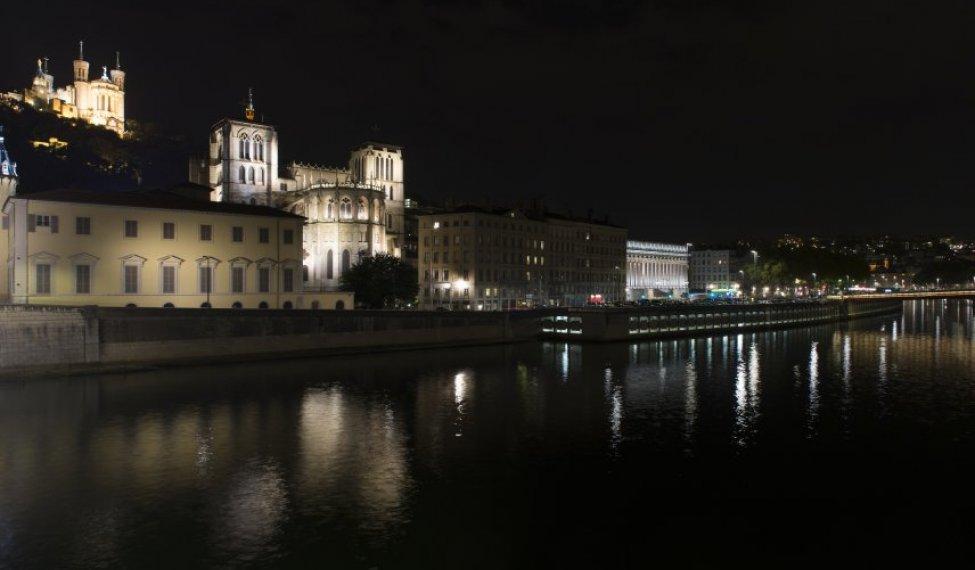 Lyon Quai de Saône la nuit